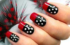 Diseños de uñas con puntos o lunares, diseño de uñas con puntos elegantes. Clic Follow,  #uñas #nailsdesign #uñasdeboda