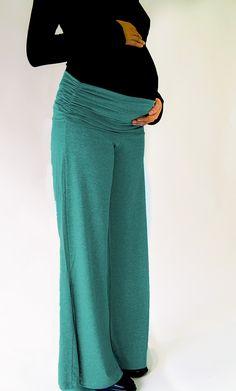Calça pantalona com contemporaneidade. ótima para ser usada na maternidade e em passeios. http://www.criandogente.com.br/calca-nesga.html  #gestante #amamentacao #calca #pantalona #gestacao #moda #maefashion