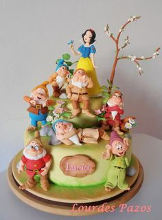 Snow White - Cake by Lourdes Pazos