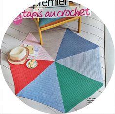 crochet rug found on Instagram (julie adore)