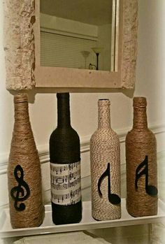 Wine Bottle Tiki Torch, Liquor Bottle Crafts, Wine Bottle Corks, Diy Bottle, Bottle Art, Burlap Crafts, Jar Crafts, Bubble Bottle, Wine Design