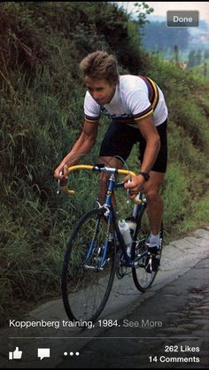 Greg LeMond the first American to win the Tour De France , he went on to win the World Championship twice and the Tour de France three times! Velo Vintage, Vintage Cycles, Vintage Sport, Cycling Art, Cycling Bikes, Road Bikes, Laurent Fignon, Bike Poster, Cargo Bike