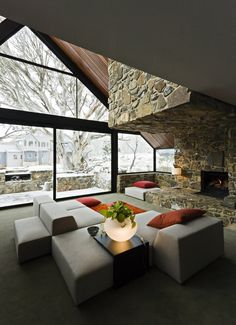 I love the space but would choose different furniture. Home in Mount Hotham, Australia by Giovanni D'Ambrosio.