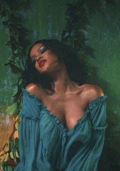 Musica de DJ Khaled,Rihanna e Bryson Tiller.Deixem o seu gosto na musica e aqui subscrevem. Mode Rihanna, Rihanna Riri, Rihanna Style, Good Girl Gone Bad, Rihanna Looks, Actrices Sexy, Saint Michael, Bad Gal, Jolie Photo