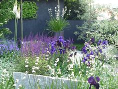 Another view of 2009 Chelsea garden by Ulf Nordjfell
