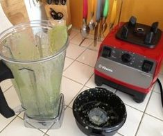 How to Clean a Blender - Smoothie Blender Guide Smoothie Blender, Smoothies, Kitchen Appliances, Cleaning, Smoothie, Diy Kitchen Appliances, Home Appliances, Home Cleaning, Kitchen Gadgets