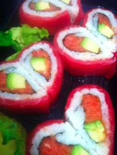 cute valentine/romantic sushi dinner idea...