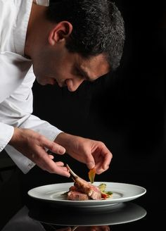 After receiving a diploma from the illustrious Cordon Bleu culinary school, Aharon Politi further developed his talent at Lasserre, Taillevent, La Grande Cascade and Le Grand Véfour. Working in these renowned and prestigious establishments, he developed culinary expertise alongside some of France's greatest chefs.