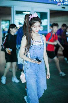 Fashion Tag, Kpop Fashion, Daily Fashion, Korean Fashion, Kpop Girl Groups, Kpop Girls, Ulzzang Fashion, Airport Style, New Girl