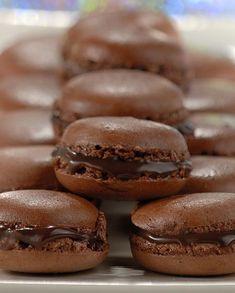 Macarons de Chocolate - RECEITA POR NESTLÉ …