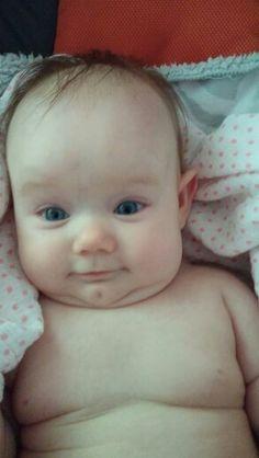 I love her cute little face!!!