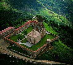 Monastère de Gandzasar, région de Martakert, République du Haut-Karabagh (40°03' N - 46°32' E).