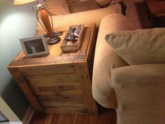 upcycled furniture | End Table Made from Pallets Wood | Pallet Furniture DIY