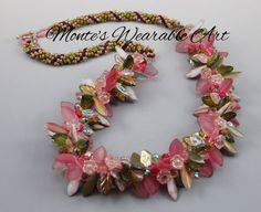 Kumihimo Beaded Braids Beaded Bags, Beaded Necklaces, Beaded Jewelry, Peyote Beading, Beadwork, Beaded Crafts, Jewelry Crafts, Beading Ideas, Beading Patterns