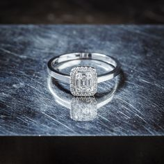 Heart Beating Fast, Beautiful Rings, Carry On, Jewelry Making, White Gold, Wedding Rings, Fancy, Engagement Rings, Diamond