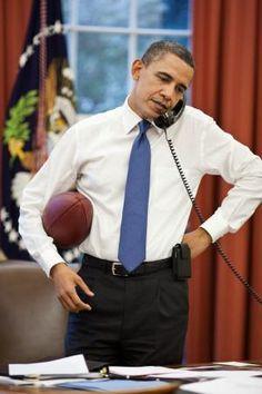 """President Barack Obama talks on the phone with House Speaker John Boehner in the Oval Office, April "" Black Presidents, Greatest Presidents, American Presidents, Presidents Usa, Michelle Und Barack Obama, Barack Obama Family, Obama President, Joe Biden, Pictures Of Obama"