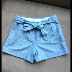 J. Crew blue cotton linen shorts size 2 54% cotton  46% linen J. Crew shorts. Self tie belt. Size 2 J. Crew Other
