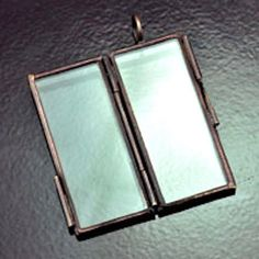 6 Rectangle Locket Pendants, hinged, silver or antique copper, G2052 by HHHdesigns on Etsy https://www.etsy.com/listing/112527874/6-rectangle-locket-pendants-hinged