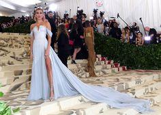Hailey Baldwin — Met Gala 2018 Dress, Photos – Hollywood Life