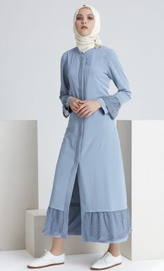Affordable prices on new tops, dresses, outerwear and more. Modest Wear, Modest Dresses, Modest Outfits, Pretty Dresses, Modest Clothing, Abaya Fashion, Modest Fashion, Boho Fashion, Fashion Outfits