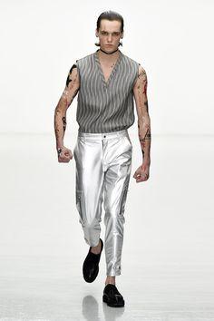 da06d7ef7d7c Matthew Miller Spring-Summer 2018 - London Fashion Week Men s ...