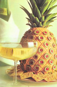 COCKTAIL TIME: 1965 VINTAGE PARTY RECIPES What better way to relax and kick off a weekend than to host a vintage cocktail party? Here are some vintage recipes so you can party like it's 1960s Party, Retro Party, Vintage Party, Vintage Food, Vintage Ads, Cocktail Party Food, Party Drinks, Cocktail Recipes, Cocktail Desserts