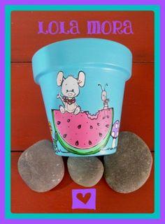 """""""El arte es, sobre todo, un estado del alma"""". Flower Pot Art, Flower Pot Crafts, Vase Crafts, Flower Pots, Clay Pot Projects, Fun Projects, Painted Clay Pots, Cute Paintings, Pottery Designs"""