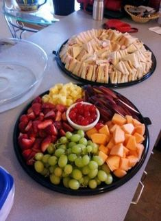68 New Ideas For Birthday Party Food Buffet Appetizers - Hannali Sauer - 68 New . Party Food Buffet, Party Trays, Snacks Für Party, Appetizers For Party, Appetizer Recipes, Birthday Appetizers, Table Party, Party Platters, Soirée Bbq