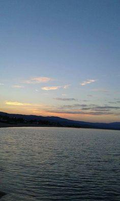 Ηλιοβασίλεμα στο λιμάνι. ..