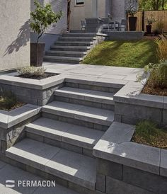 Harmonize your steps and copings to give your outdoor projects more elegance ///. Harmonize your s Patio Steps, Outdoor Steps, Landscape Bricks, Landscape Design, Landscape Steps, Modern Landscaping, Front Yard Landscaping, Outdoor Landscaping, Backyard Retaining Walls