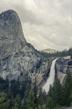 Yosemite -- used to be just a short drive away -- remember ending vipassana meditation retreat here -- picnic under the falls