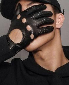 INLEATHERGLOVES Leather Driving Gloves, Fashion, Moda, Fashion Styles, Fashion Illustrations