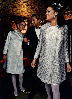 1966 party dress ! Lurex , metallic , silver dejac , gold mod twiggy space age gogo cocktail robe reveillon vintage annees 60