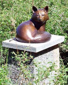 Georgia Gerber, Red Fox Sculpture
