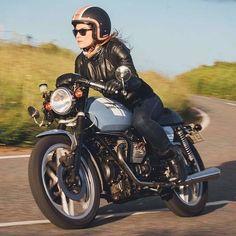 Your Moto Guzzi custom bikes - Moto Guzzi Garage Cafe Racer Style, Cafe Racer Girl, Lady Biker, Biker Girl, Moto Guzzi Motorcycles, Vintage Motorcycles, Guzzi V7, Auto Retro, Biker Chick