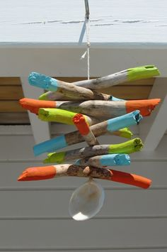 Painted driftwood mobile #diy #homedecor #driftwood