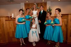 wedding photography pictures bridesmaids turquoise and black bridesmaid dresses lime green flowers bouquets flower girl