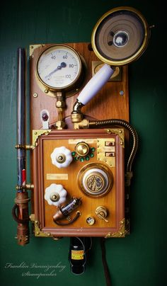 Fully Functional 6 Band Steampunk Radio
