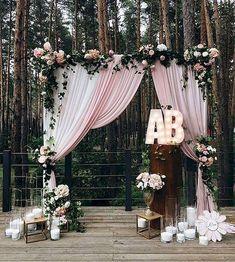 Nice 92 Unique and Greenary Wedding Backdrop Ideas https://bitecloth.com/2017/10/18/92-unique-greenary-wedding-backdrop-ideas/
