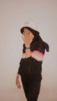 Casual Hijab Outfit, Ootd Hijab, Hijabi Girl, Girl Hijab, Aesthetic Photo, Aesthetic Girl, Hijab Fashion, Girl Fashion, Whatsapp Profile Picture