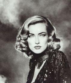 Tatjana Patitz - Vogue UK by Max Vadukul, 1992