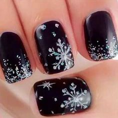 Staying warm in the winter is a must and keeping your nails on point is also important. When it comes to winter season, you already know the colors change and you feel more of a cool look. You need to make sure your nails match the occasion so you can keep your hands looking fresh …
