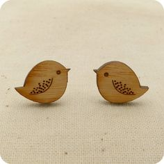 So cute wooden Bird earrings by onehappyleaf
