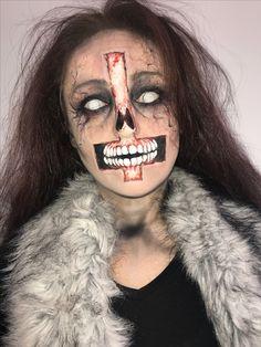 natural bridal looks Demon Makeup, Zombie Makeup, Scary Makeup, Makeup Art, Amazing Halloween Makeup, Halloween Make Up, Halloween Face Makeup, Spx Makeup, Monster Makeup