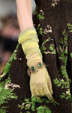 oscar de la renta at nfw: Fashion from the Oscar de la Renta Fall 2013 show /Welcome back, Galliano!)