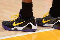 """Kobe Bryant debuts his new """"Hollywood Nights"""" Nike Kobe 9 Elite Low PE"""