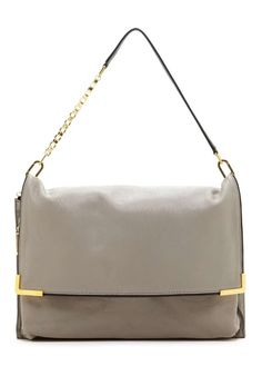 Check out my favorite designer handbags from the recent Hautelook sale! rachelinflight.com #givenchy #chloe #valentino