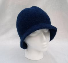 An easy, warm and flattering winter hat!