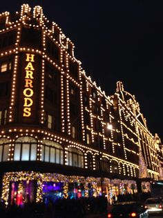 Best City in the World at Christmas!! Harrods Christmas 2013
