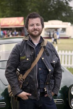 Enjoying Goodwood Festival in a cool Barbour. Barbour Mens, Barbour Jacket, Smart Jackets, Wax Jackets, Barbour International Jacket, British Country Style, Jacket Outfit, Waxed Cotton Jacket, Country Fashion